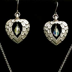 Hearts Beacon Earrings 250x250